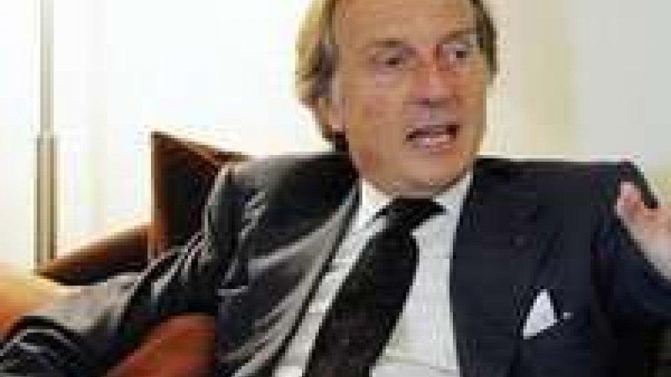 Monti bis al centro del dibattito in Italia