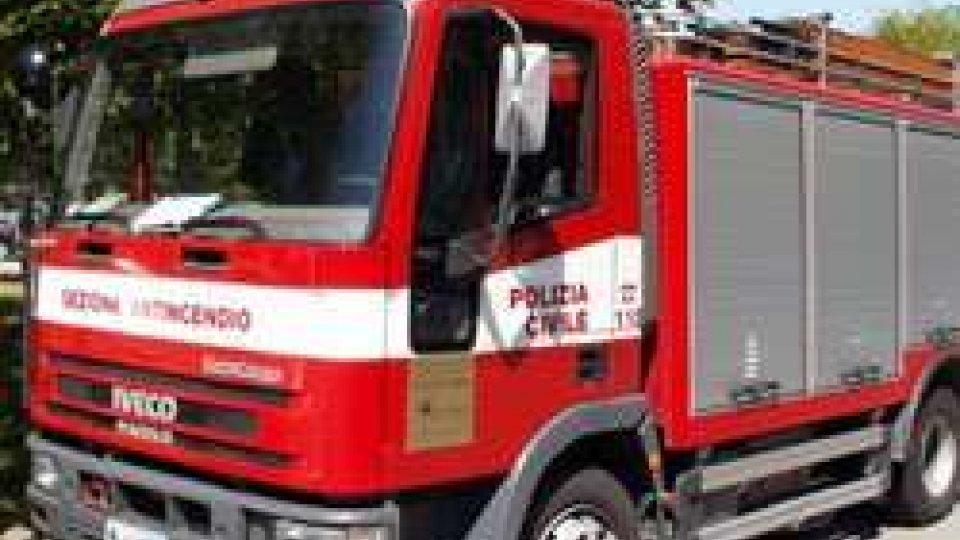 Fiamme in Repubblica: Polizia Civile al lavoro a Borgo Maggiore e Serravalle