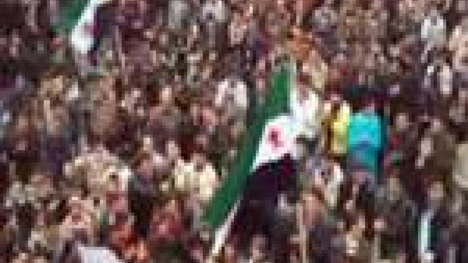 In Siria i funerali delle vittime dell'attentato a Damasco