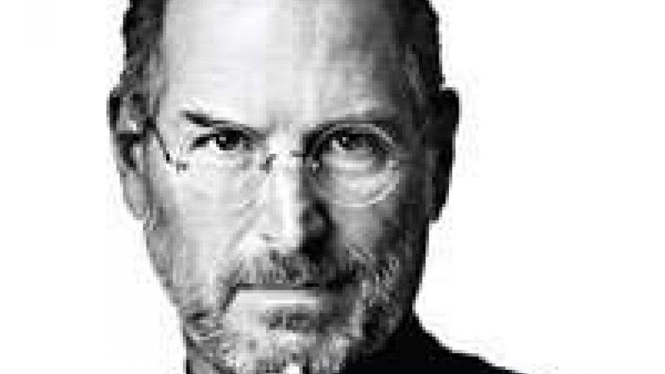 Steve Jobs: a tre anni dalla morte milioni di messaggi dal mondo