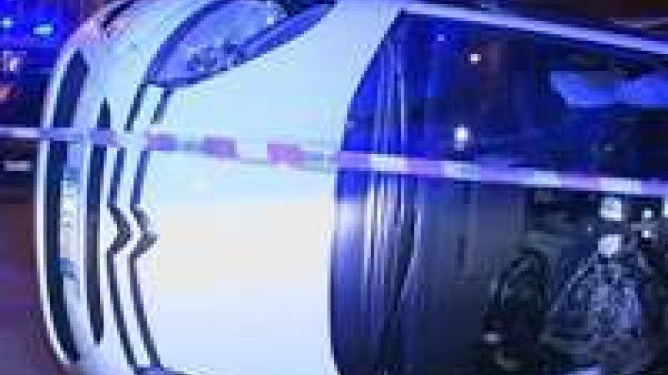 Stop non rispettato, incidente a Rimini: nessun ferito grave