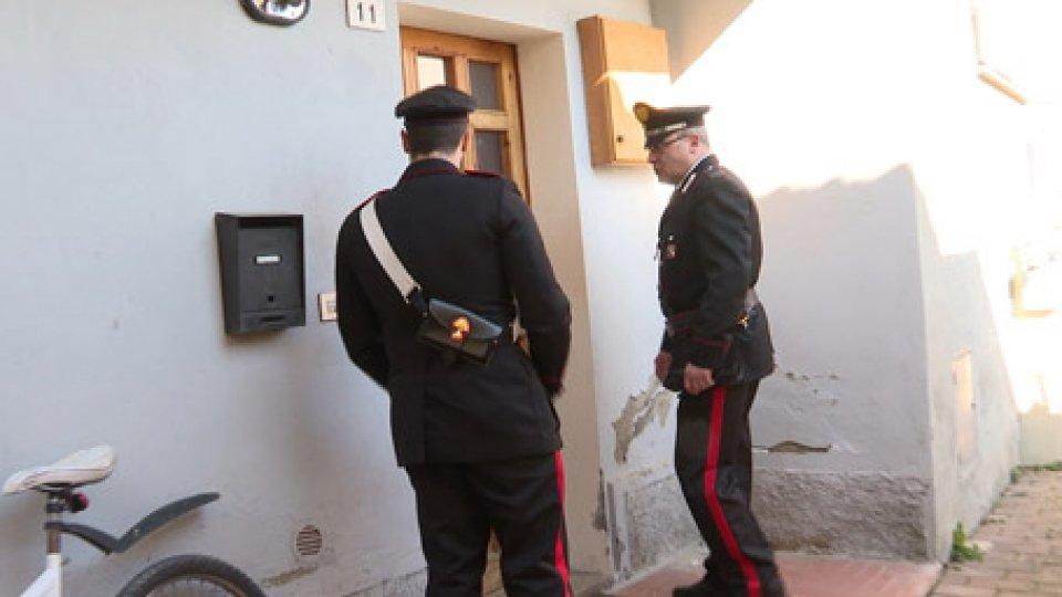 I carabinieri scoprono il cadavere