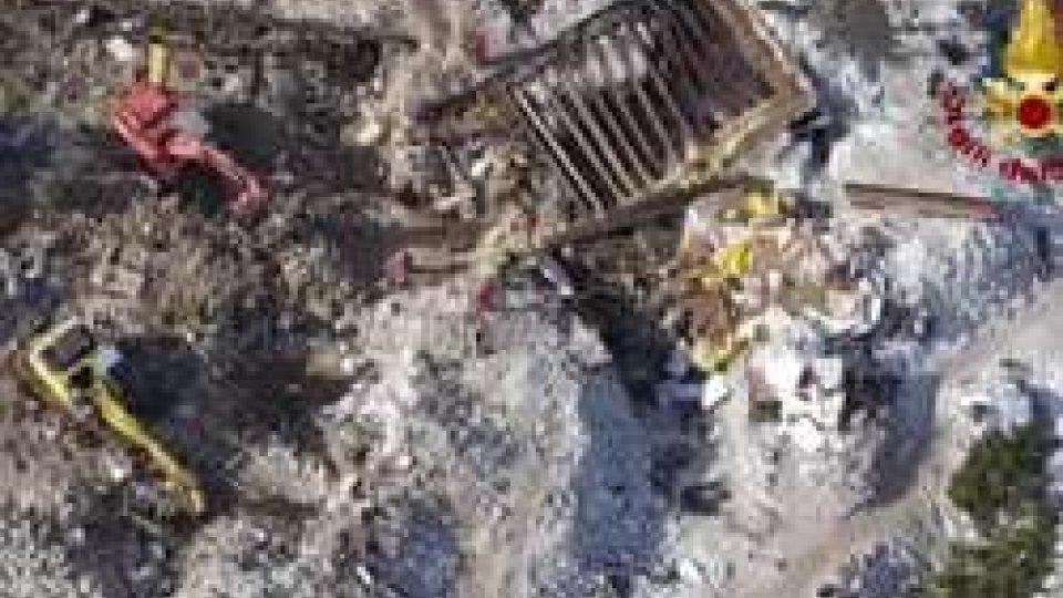 Hotel RigopianoHotel Rigopiano: estratti ultimi corpi, bilancio finale 29 morti