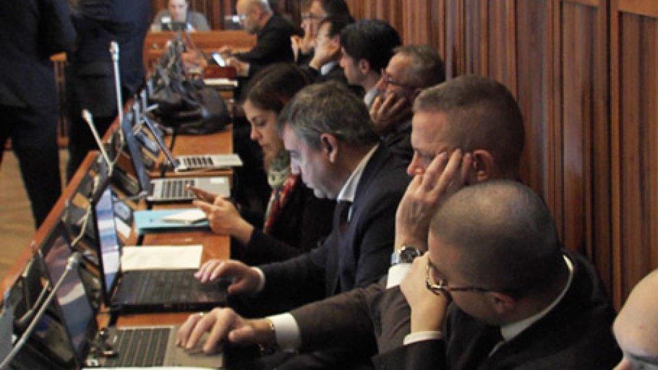 """Consiglieri di maggioranzaTassazione capitali esteri: la maggioranza potrebbe """"ritarare"""" la misura"""