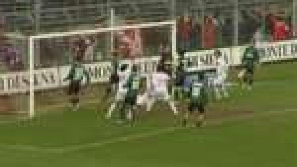 Serie B - Sassuolo attacca la vetta
