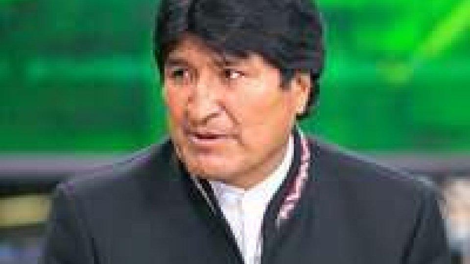Snowden: Morales vuole chiudere ambasciata Usa a La Paz