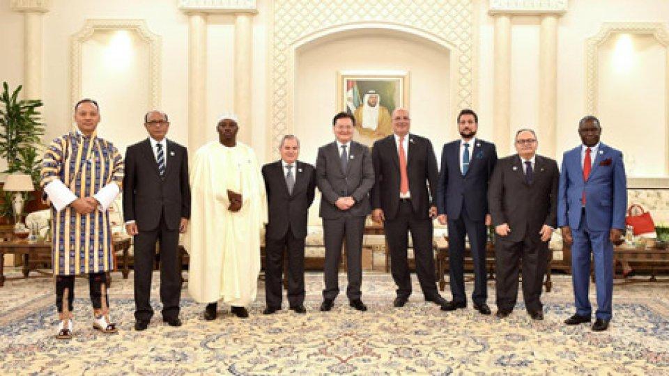 Mauro Maiani con gli altri ambasciatori