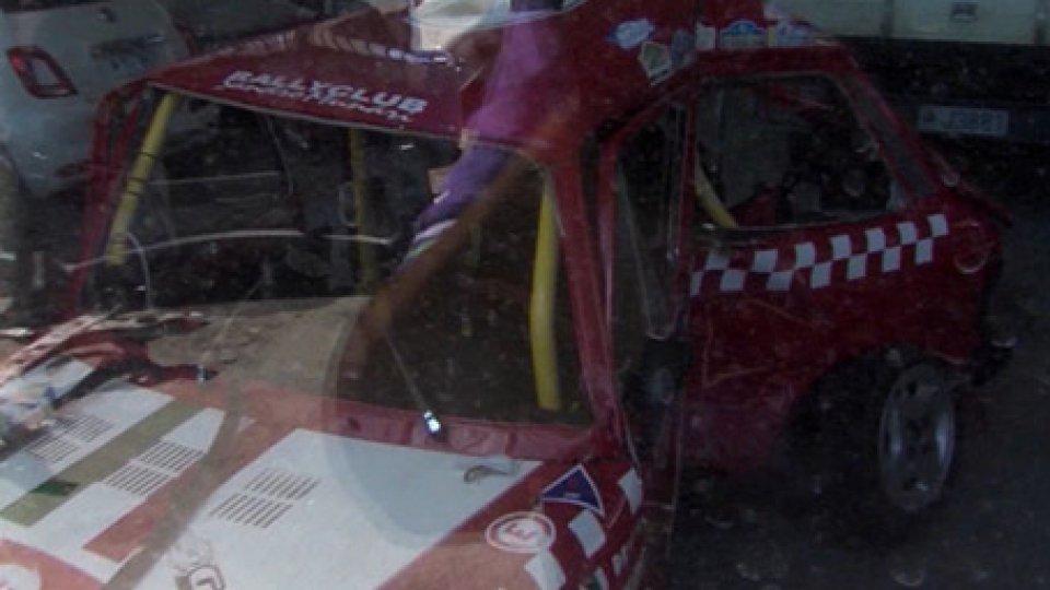 L'auto del pilotaGiudiziaria: aperto il processo per la morte di Alessandro Pepe durante il Rally Rose'n Bowl