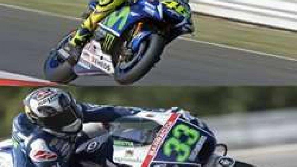 GP di San Marino: Valentino e Bastianini infiammano il pubblico, atteso il boom per domaniGP di San Marino: Valentino e Bastianini infiammano il pubblico, atteso il boom per domani