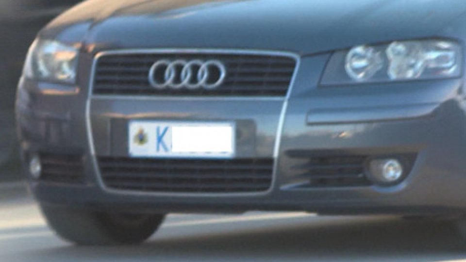 Targa RSMCaos targhe: sequestrata un'auto sammarinese