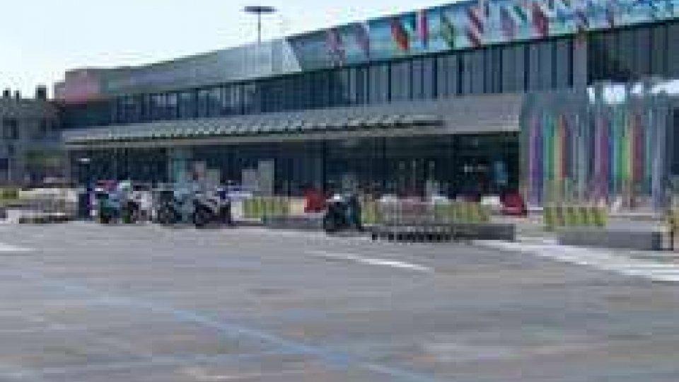 Aeroporto FelliniAeroporto: si moltiplicano le prese di posizione tra San Marino e Italia dopo le voci di chiusura