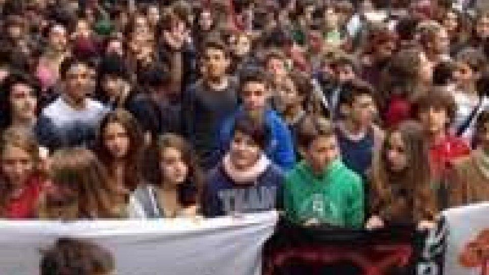 Scuola, mobilitazione degli studenti in tutta Italia contro la #Buonascuola