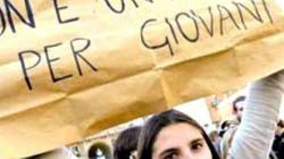 Confindustria: occupazione tornata a livelli pre-crisi, fuga giovani vero tallone d'Achille