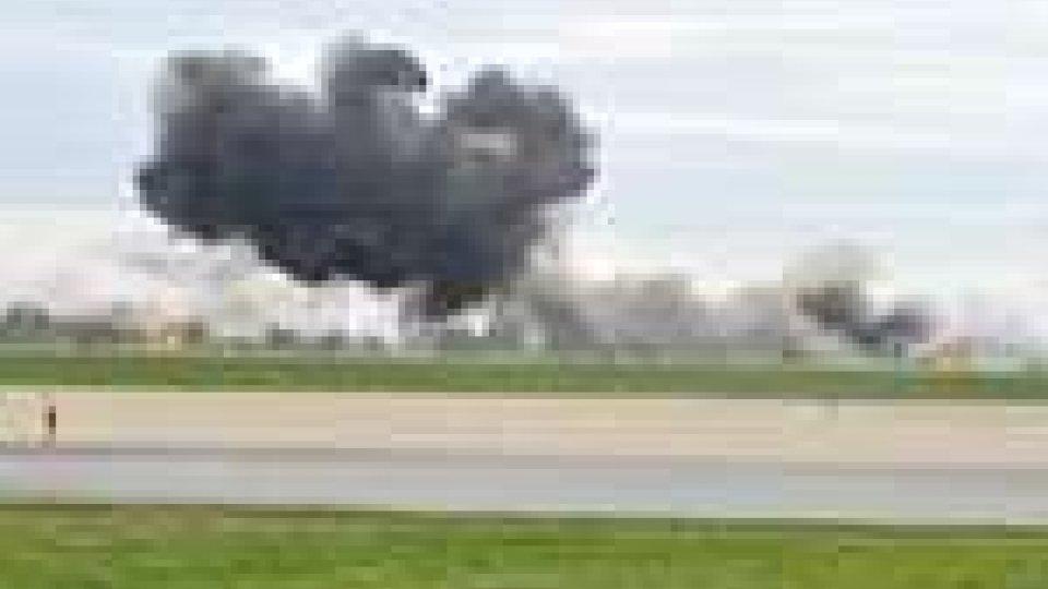 Stati Uniti. Non c'è pace per gli Air show: aereo si schianta al suolo