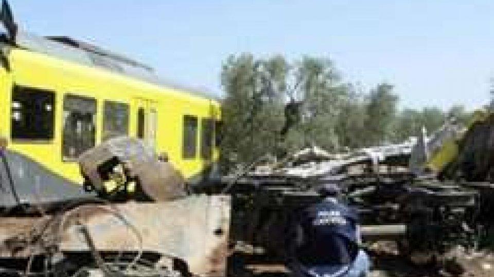 Scontro treni in Puglia, si indaga su manomissione errore