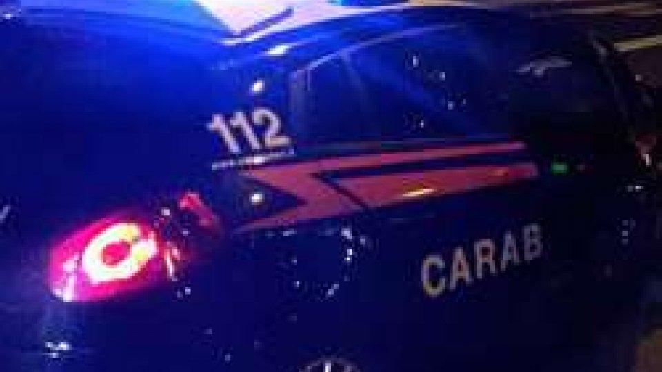 Ravenna: anziano spara ai carabinieri e si barrica in casa