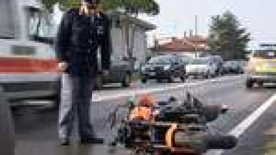 Rimini - Schianto mortale sulla Statale 16. A perdere la vita un motociclista di 42 anniSchianto mortale sulla Statale 16. A perdere la vita un motociclista di 42 anni