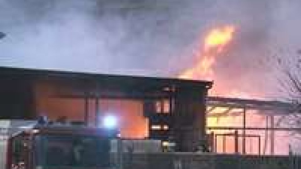 Incendio a Gualdicciolo: la zona in sicurezza