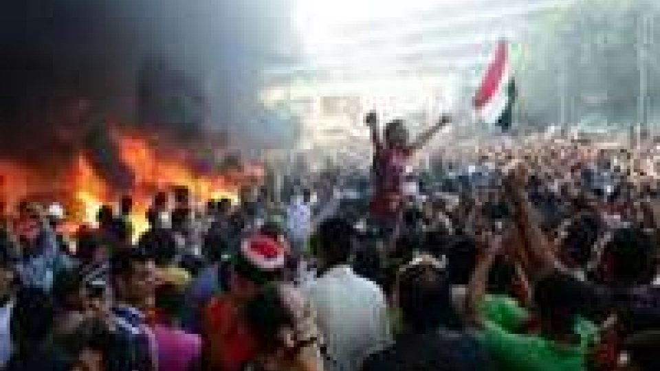 Crisi Egitto: Morsi non fa passi indietro