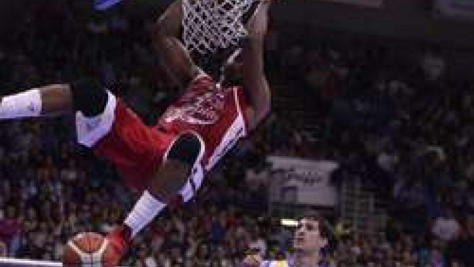 Basket, Milano in semifinale con Trento: Capo d'Orlando ko 77-62Basket, Milano in semifinale con Trento: Capo d'Orlando ko 77-62