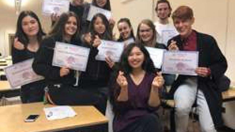 Consegnati gli Attestati dei corsi di lingua cinese per gli studenti dell'Università