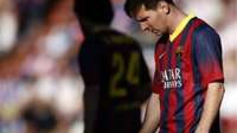 La Fifa blocca per un anno il mercato del Barcellona