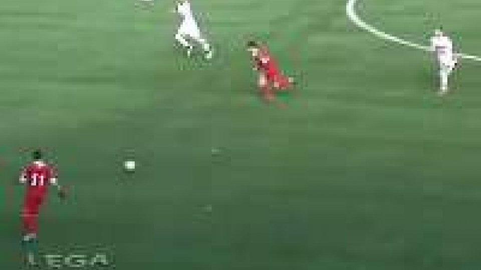 Teramo: 2-0 sulla Pistoiese, la vetta è più vicina