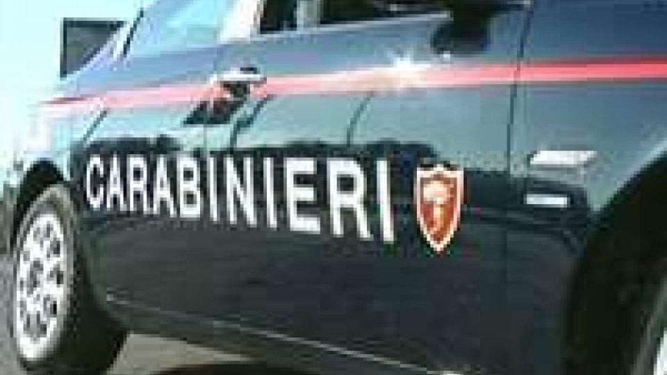 Fano (Pu): uomo trovato carbonizzato su auto, giallo su morte