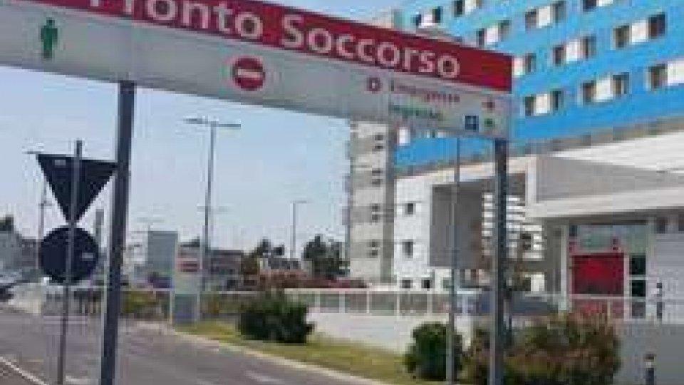 Rimini: massacrato di coltellate da ignoti si presenta al pronto soccorso e sviene