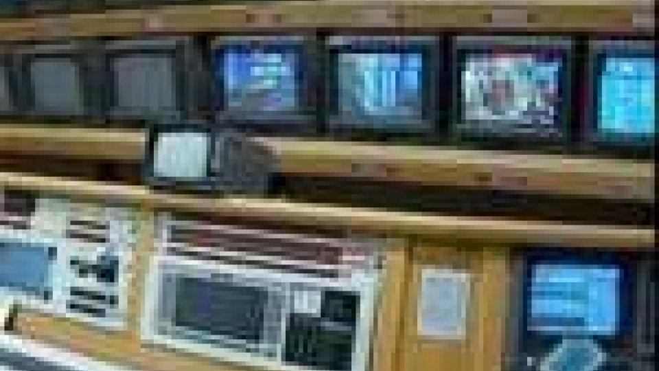 San Marino - Domani la tv di San Marino firmerà gli accordi per il satellite e per il digitale terrestreDomani la tv di San Marino firmerà gli accordi per il satellite e per il digitale terrestre