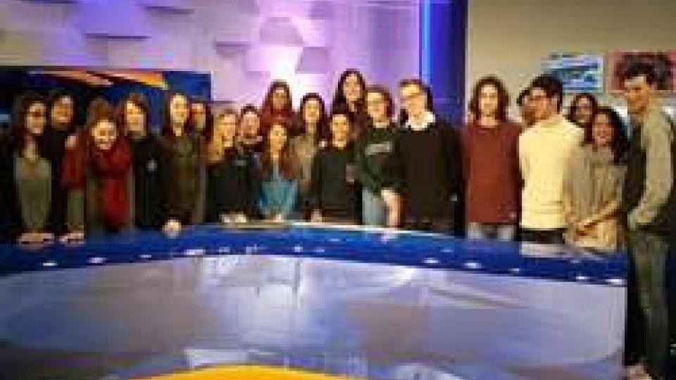 Continuano le visite dei ragazzi del liceo a San Marino Rtv