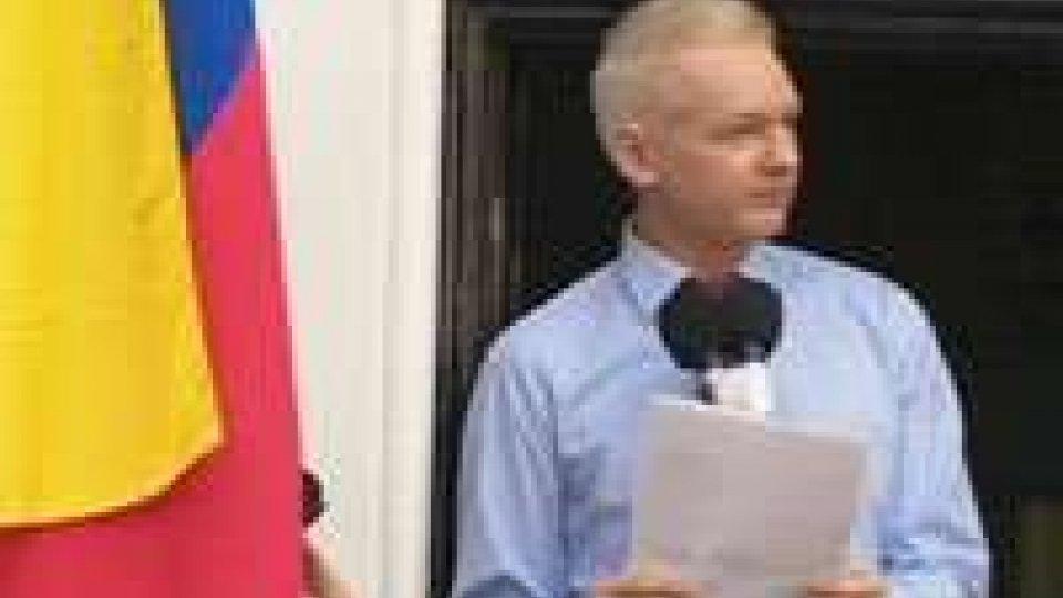 Wikileaks: Assange si candida al Senato Australia