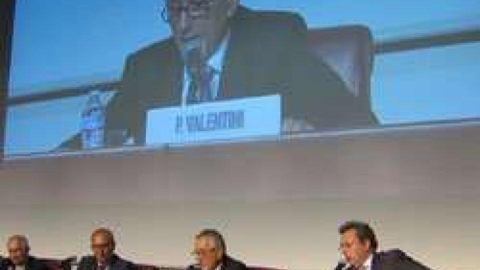 Pasquale ValentiniAl Meeting Valentini interviene sulle emergenze nel mondo