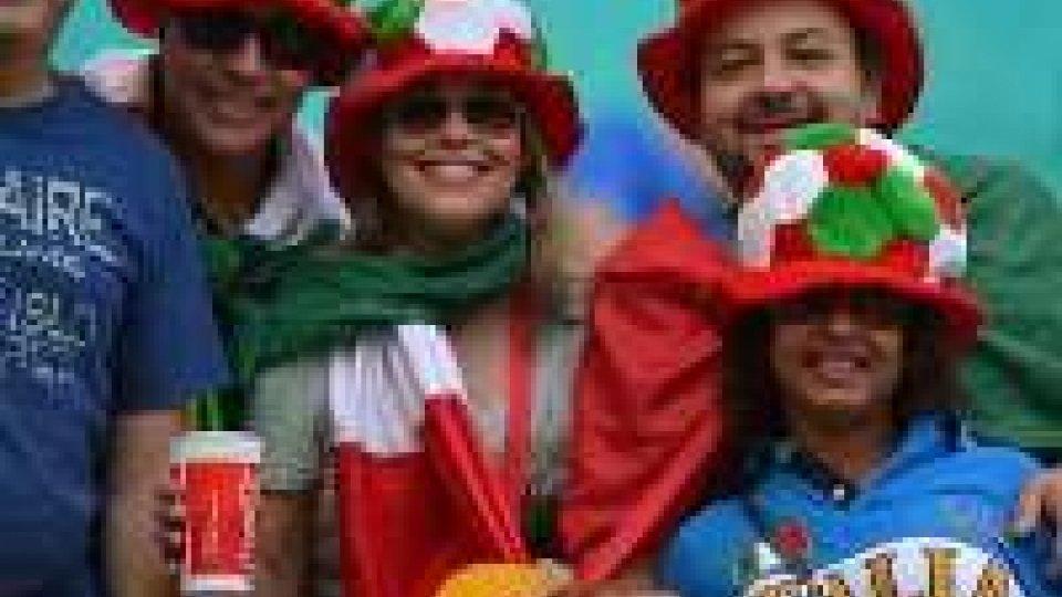 Mondiali: tutti in piazza o nei locali per il rito della partita in compagnia