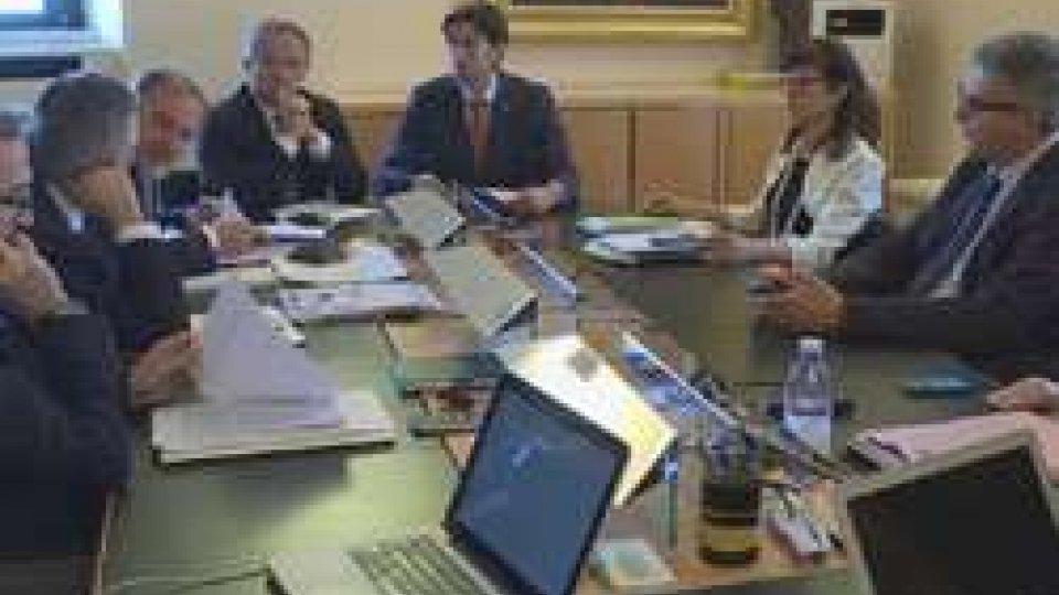 Congresso di statoIl Governo incontra i vertici di Banca Centrale