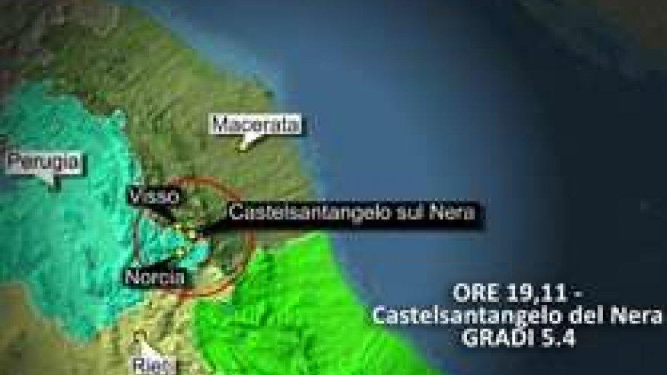 Terremoto: inizia la conta dei danni. Oltre 200 scosse