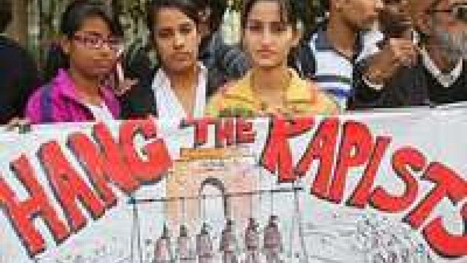Stupro India: aggressori davanti al giudice