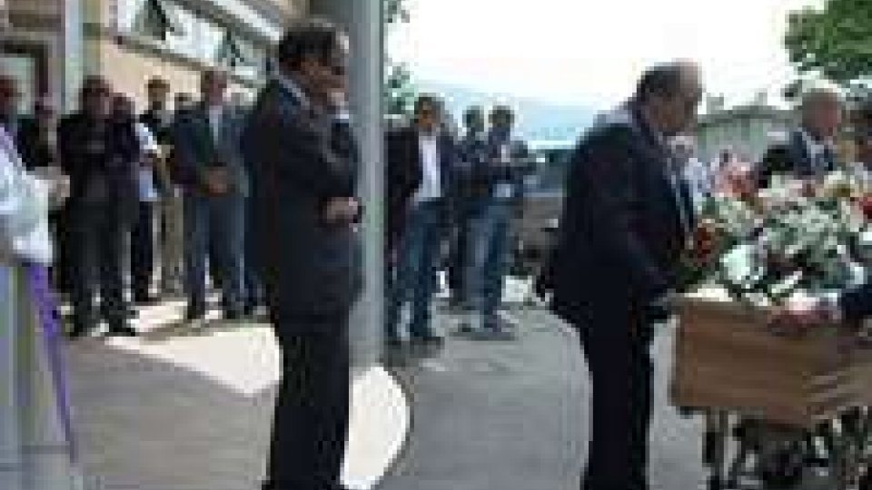 San Marino: l'ultimo saluto a Fabrizio StacchiniSan Marino: l'ultimo saluto a Fabrizio Stacchini