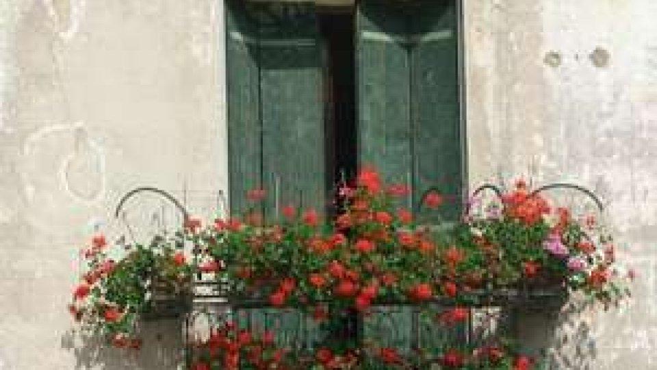 Balconi fioriti a Santarcangelo