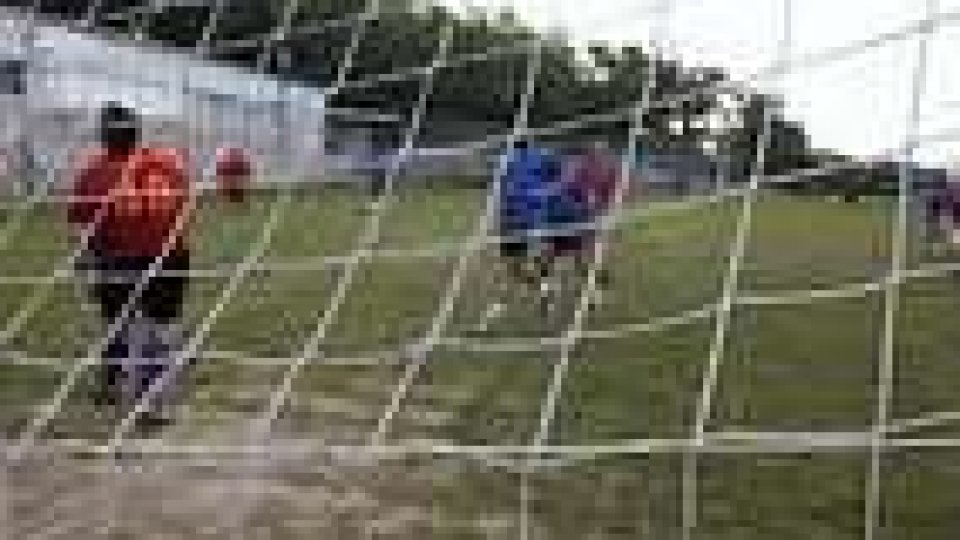 Calcio: Cailungo e Murata prime al giro di boa