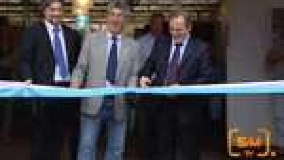 San Marino - Taglio del nastro per EcomercataleTaglio del nastro per Ecomercatale