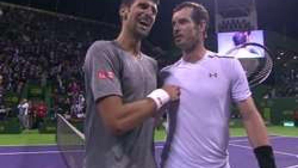 Djokovic torna re a Doha, Murray battuto al terzo