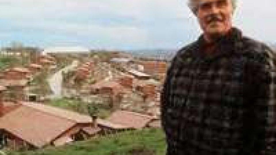 Vincenzo Muccioli spostato al cimitero di Rimini