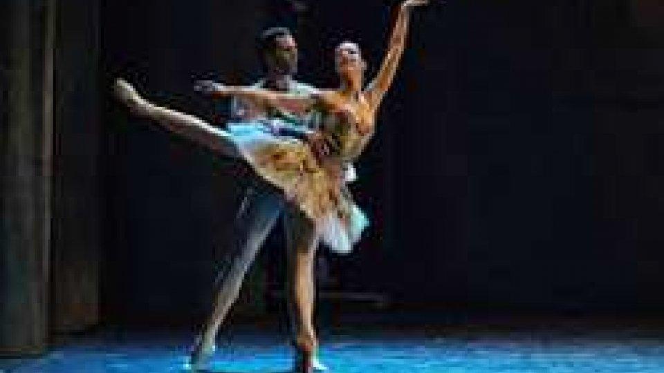 Il Balletto di Roma in scena al Teatro Nuovo con Lo schiaccianoci