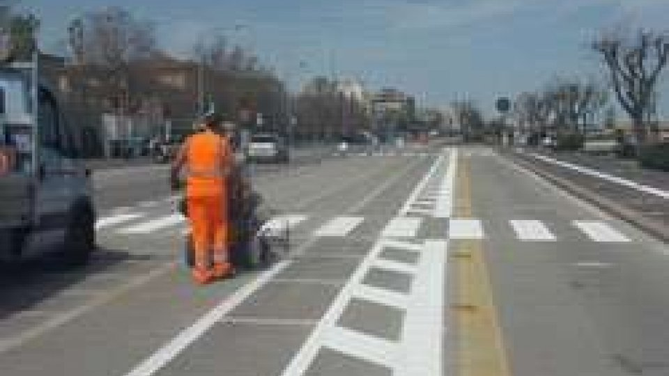 Rimini: al via il ripasso della segnaletica orizzontale nel comune