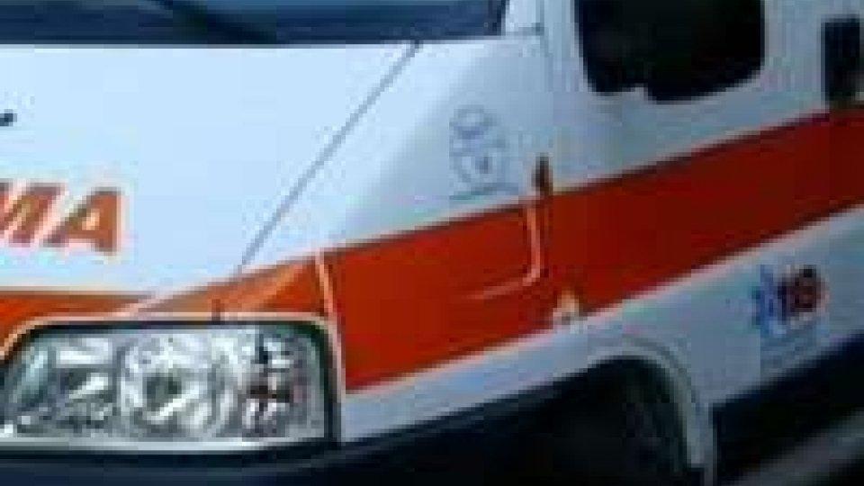 Rimini: auto investe bimbo di un anno sul passeggino