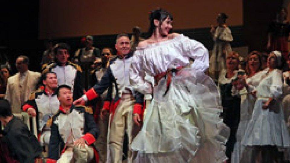 Il cast di Carmen. Italia, Russia e Giordania