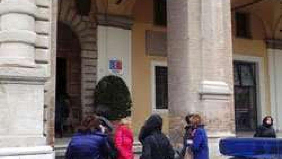 Psicosi attentati: trolley sospetto, evacuato Palazzo Garampi