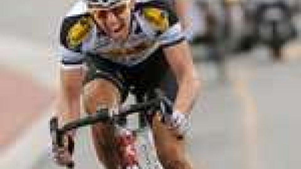 Ciclismo, il belga Sep Vanmarcke ha vinto la prima classica del pavè