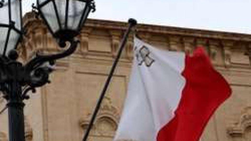 La bandiera dell'Ue e di Malta
